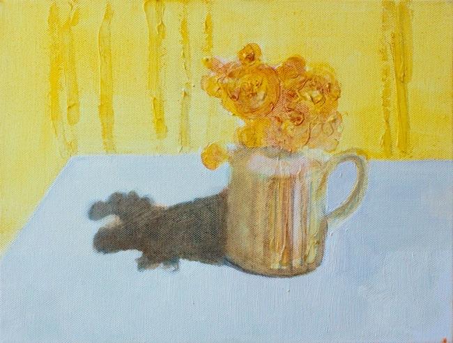 Puķes krūzītē un ēna | Flowers in cup and the shadow